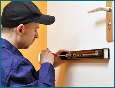 Father Son Locksmith Shop Englewood, CO 303-566-9161